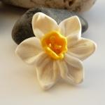 White Daffodil brooch